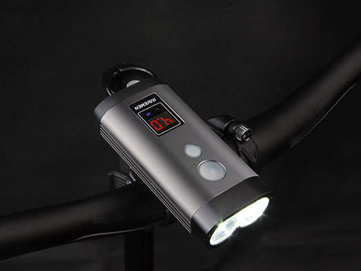 RAVEMEN PR1200 bike light, LED runtime display