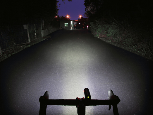 RAVEMEN CR1000 bike light runtime extension